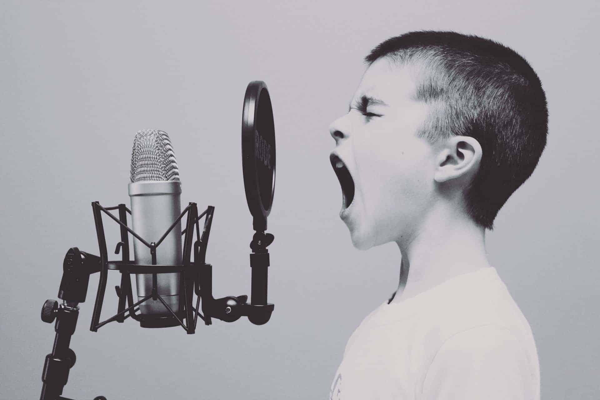 control-voice-siri-domotica